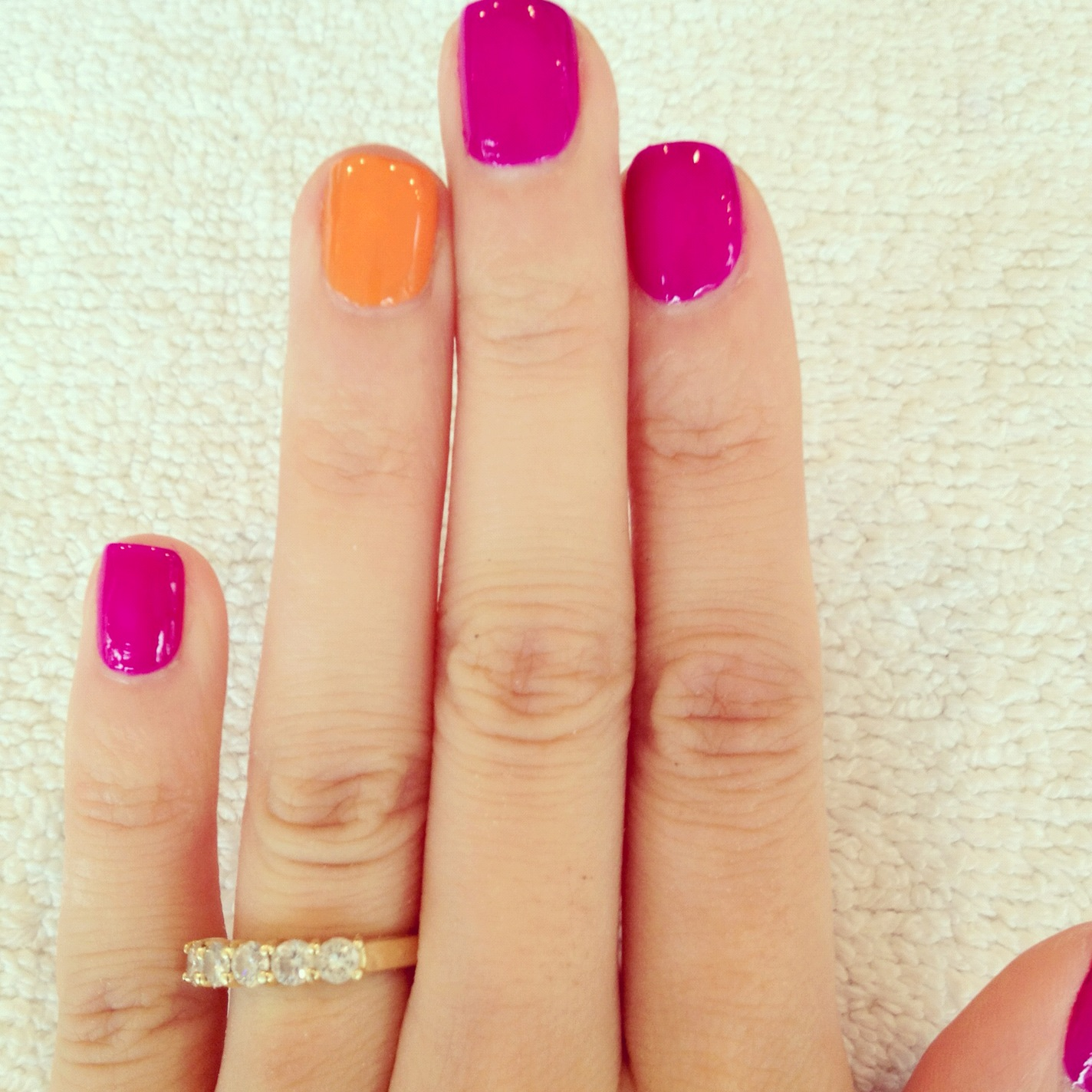 Accent nails, la manicura de moda