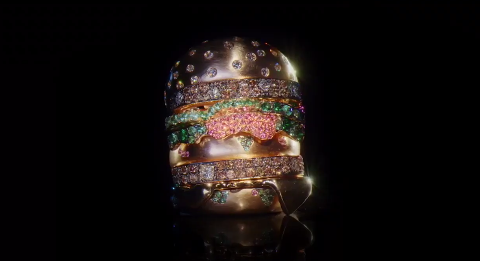 Bling Mac, anillo del Big Mac