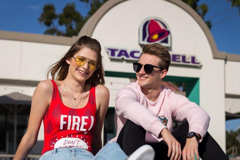 Línea de ropa de Forever 21 y Taco Bell