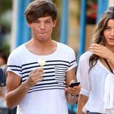 Louis Tomlinson, de One Direction, visto con su novia