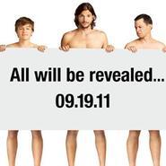 Ashton Kutcher se desnuda