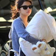 Selena Gomez tiene ¿ocho años?