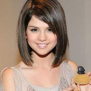 Selena Gómez sacará un perfume en 2012
