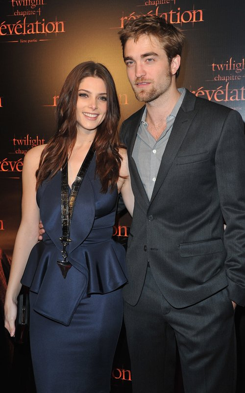 "Robert Pattinson & Ashley Greene: Premiere de ""Amanecer"" en París"