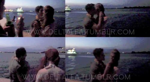 Nick Jonas & Delta Goodrem: Beso en el Paraíso