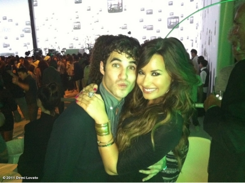 Demi Lovato y Darren Criss, evento HTC