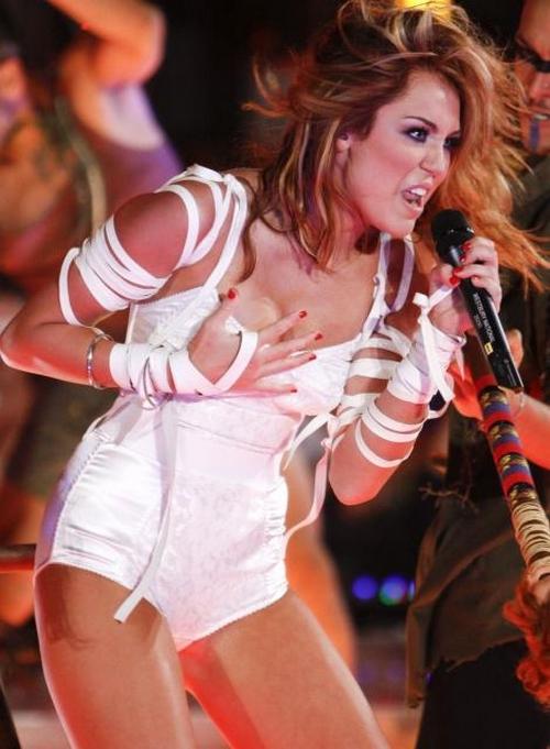 Miley Cyrus: Nueva canción con Dr. Luke ?