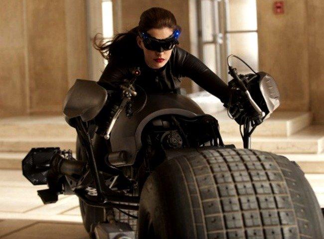¿Que no te gusta Anne Hathaway de Catwoman? Pues te vas a enterar...
