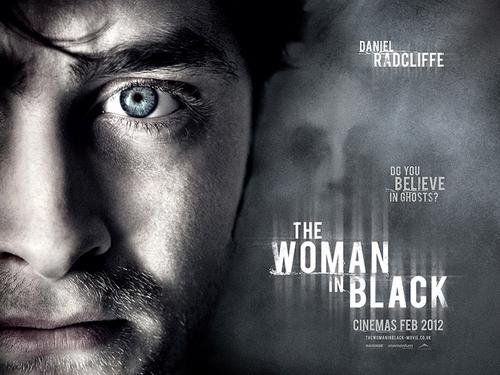 Poster: Daniel Radcliffe en La Mujer de Negro