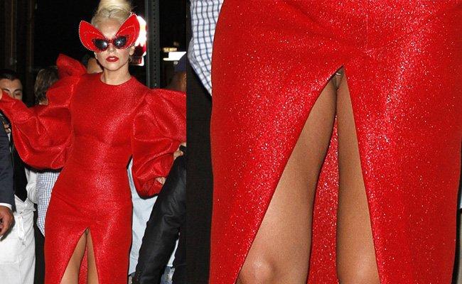 Lady Gaga nos enseña el piercing... del pepe