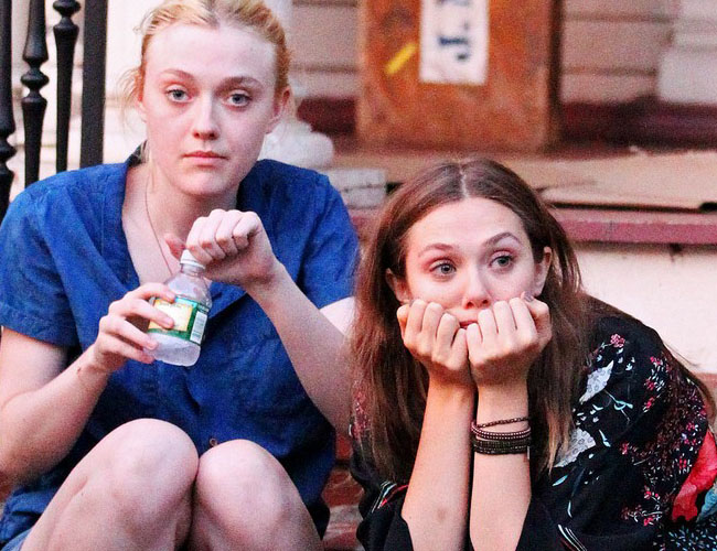 Dakota Fanning y Elisabeth Olsen con muy mala cara