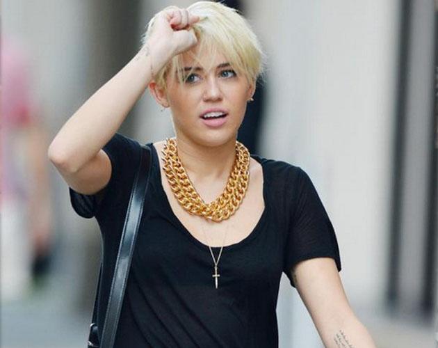 Miley Cyrus luce su nuevo pelo por la Gran Manzana