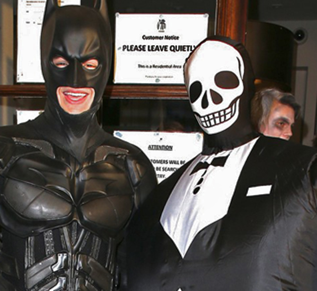Liam Payne, de One Direction, se disfraza de Batman en Halloween