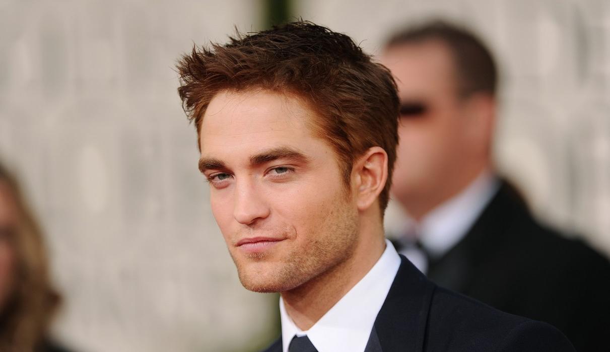 Golden Globe 2013: Robert Pattinson muy guapo y muy sexy en los Globos de Oro