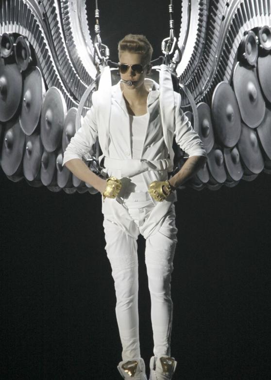 """Justin Bieber: el concierto del """"Believe Tour"""" al desnudo"""