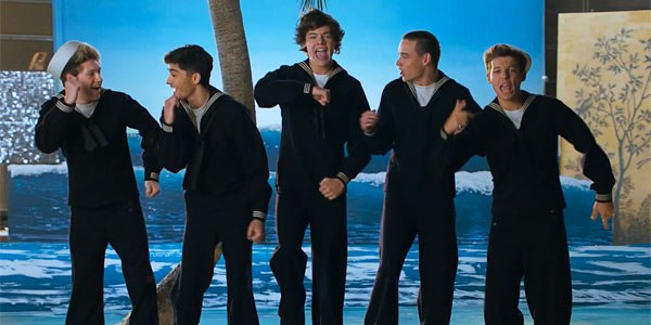 "One Direction estrenan el vídeo alternativo de ""Kiss You"""