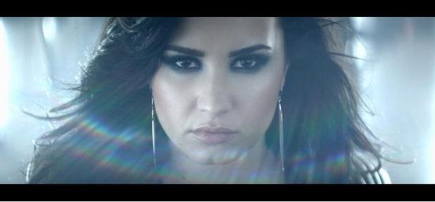 """Demi Lovato estrena teaser de """"Heart Attack"""" (videoclip)"""