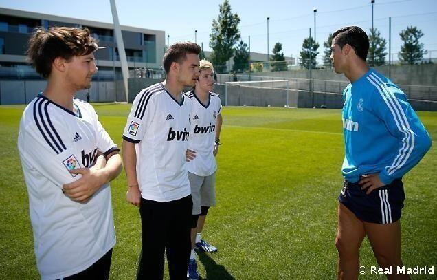 One Direction con Cristiano Ronaldo y Sergio Ramos (VÍDEO Y FOTOS)