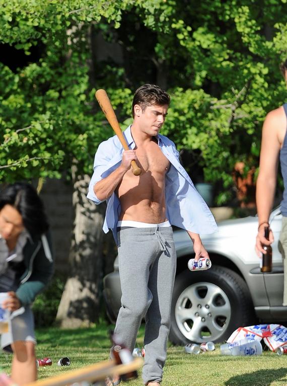 """Zac Efron pillado sin camiseta en el rodaje de """"Townies"""""""