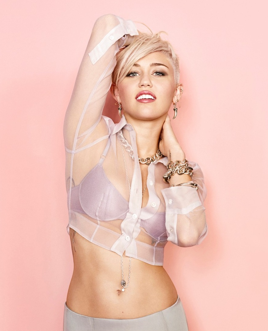 "Miley Cyrus estrena nuevo videoclip de ""Ashtrays & Heartbreaks"" con Snoop Lion"