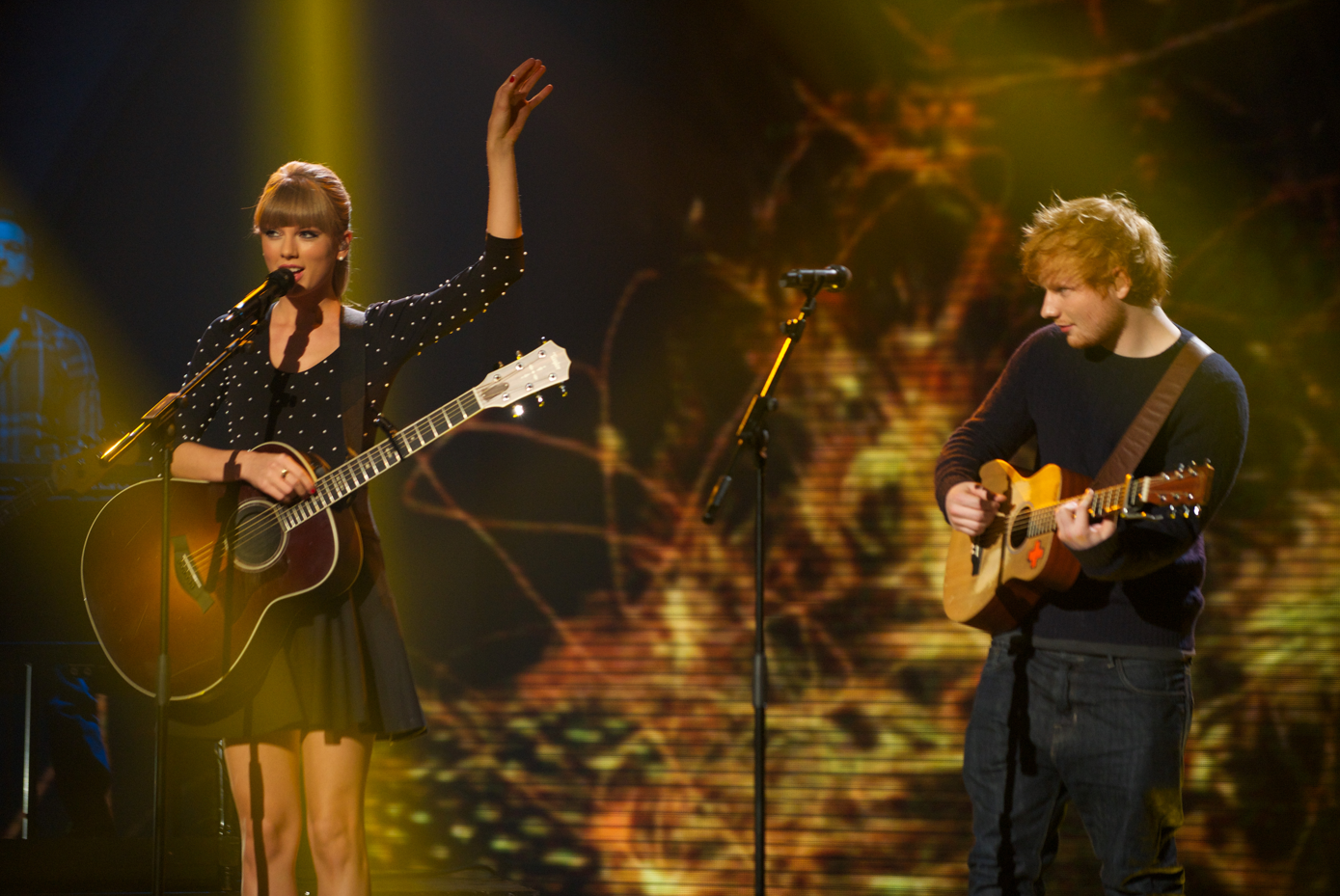 "Taylor Swift y Ed Sheeran cantan juntos ""Everything Has Changed"" en ""Britain's Got Talent"""