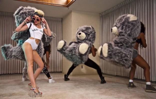 """Miley Cyrus estrena el videoclip de """"We Can't Stop"""" (PRIMERAS IMÁGENES)"""