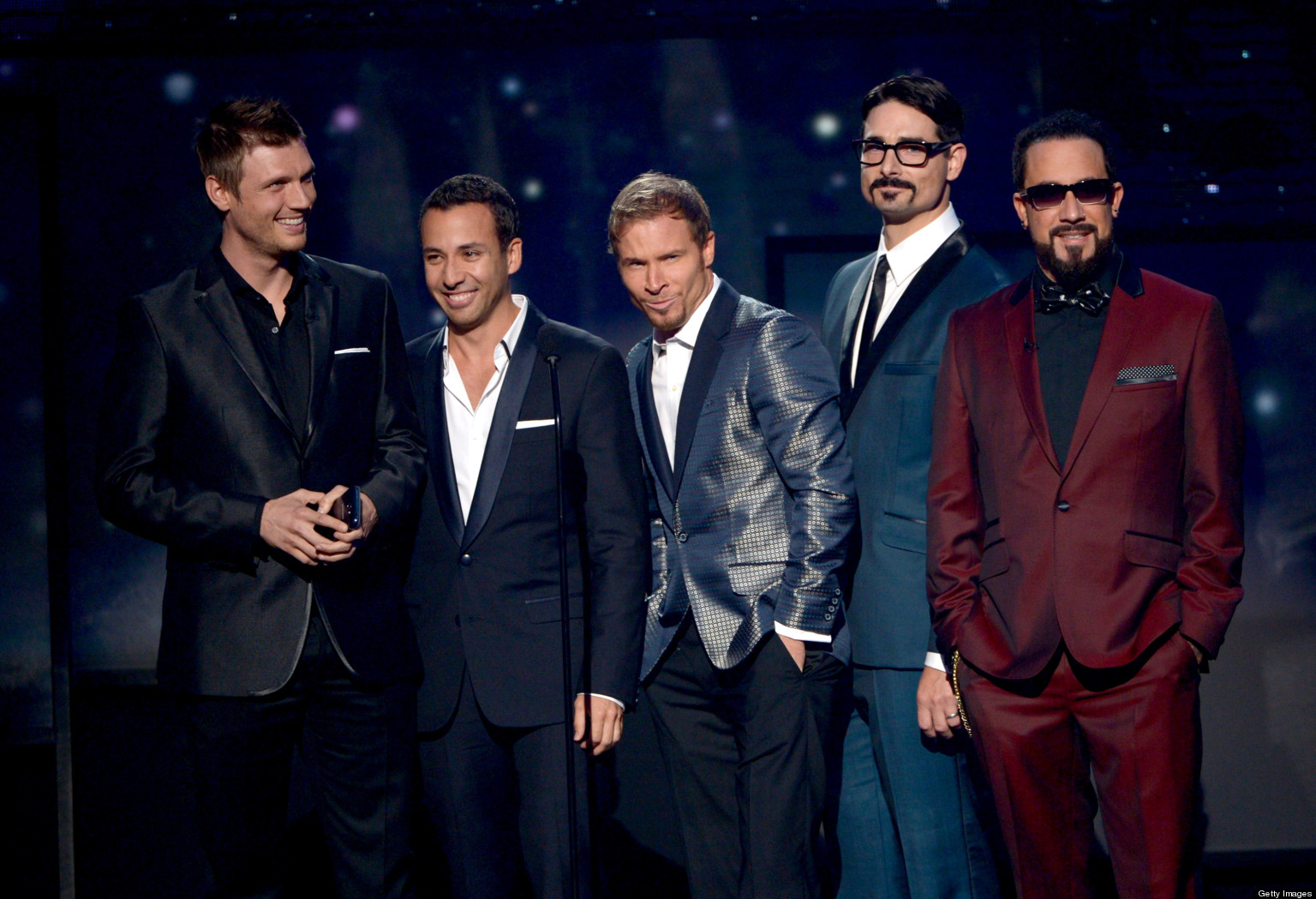 "Backstreet Boys copian a Katy Perry en su lyric video de ""In a World Like This"""