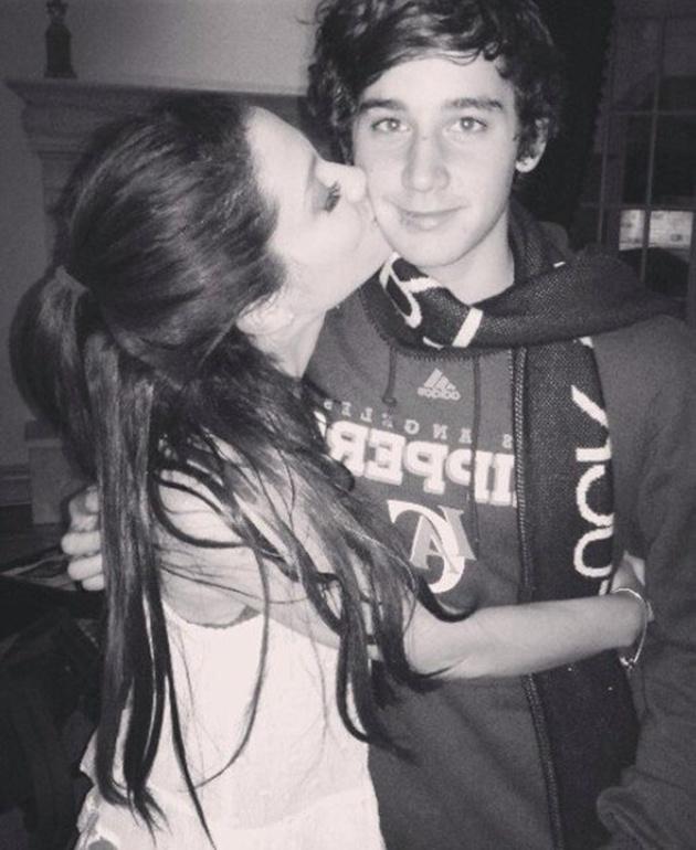 Ariana Grande rompe con su novio Jai Brooks