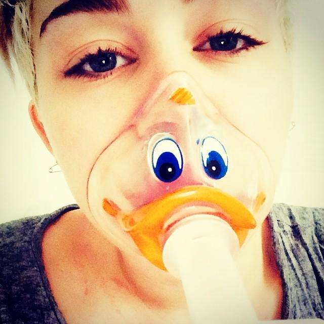 Miley Cyrus suspende la gira por problemas de salud