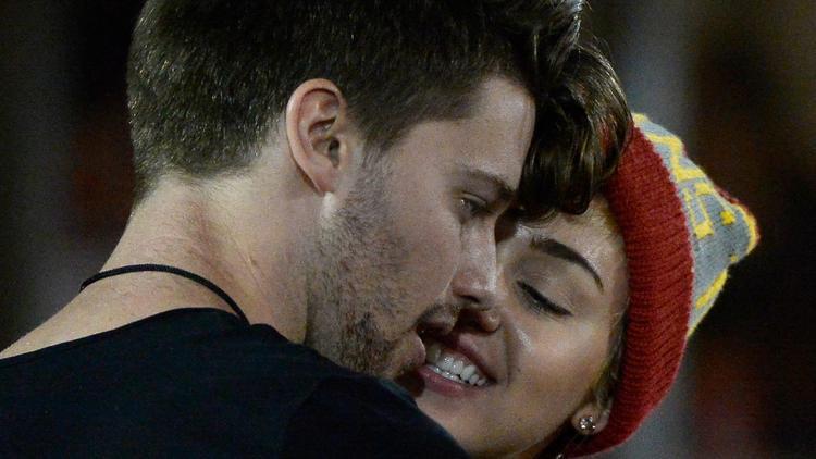 ¿Miley Cyrus está embarazada de su novio Patrick Schwarzenegger?