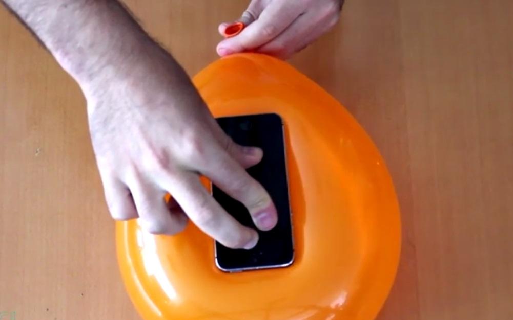 ¡Sorpréndete con esta nueva forma de hacer una funda para tu móvil!