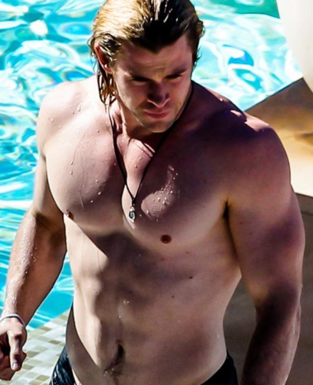 Las mejores fotos de Chris Hemsworth desnudo