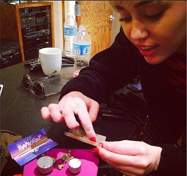 ¿Miley Cyrus es drogadicta?