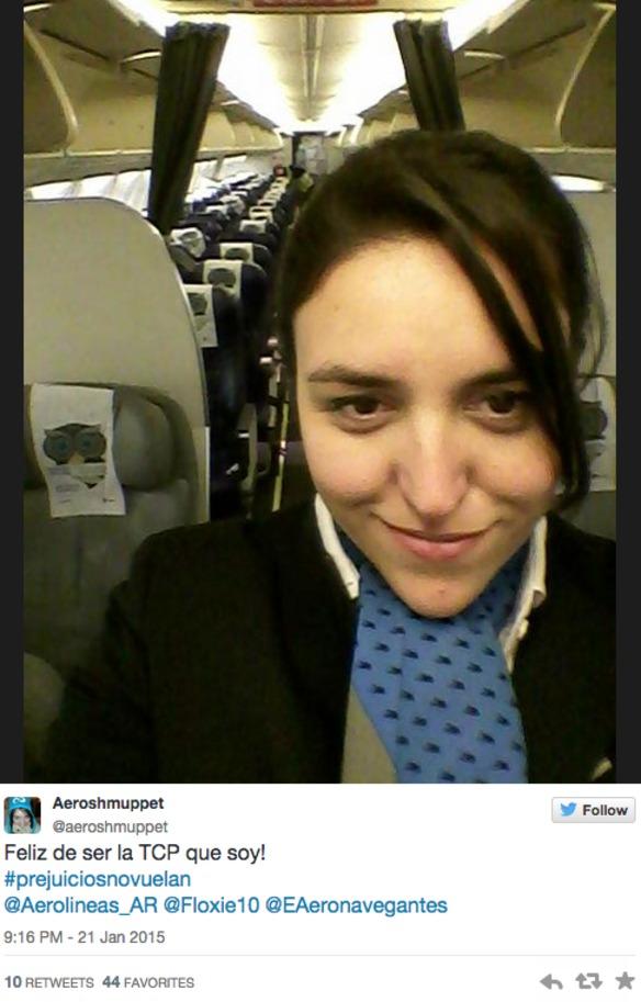 ¿Qué pasa si te quejas a una aerolinea de sus azafatas?