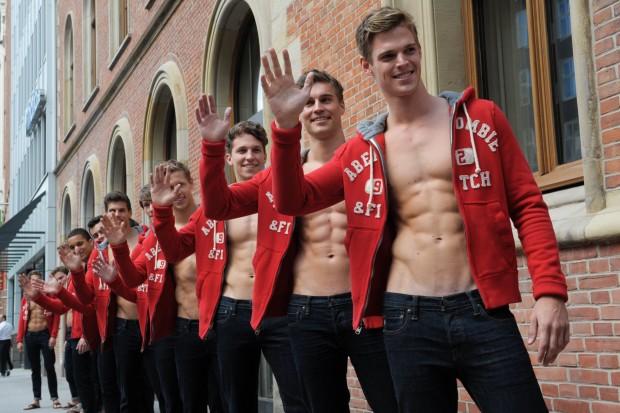 Abercrombie & Fitch se despide de sus modelos desnudos