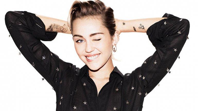 ¡Miley Cyrus declara que es pansexual!