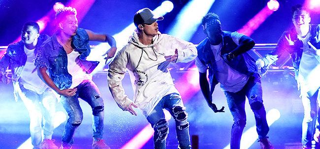 Así fueron las actuaciones de los American Music Awards 2015