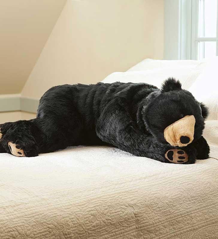 El saco de dormir de oso que arrasa en las redes