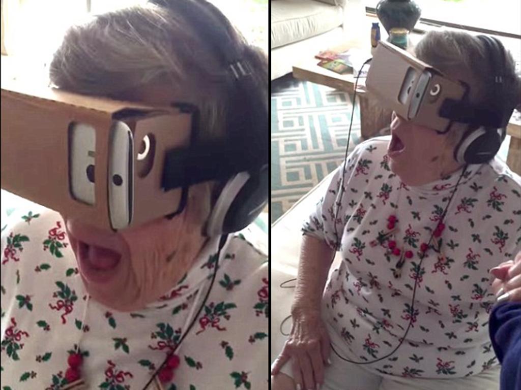 Esta anciana alucina con las gafas de realidad virtual