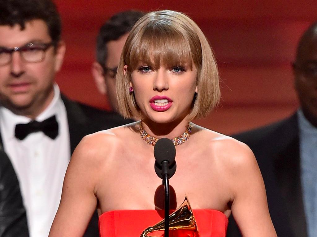 El discurso de Taylor Swift y otros momentazos de los Grammy 2016