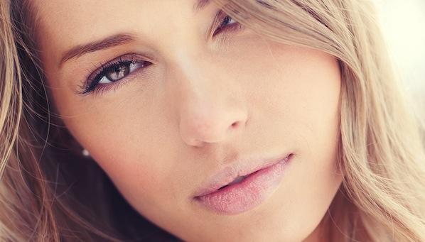 ¿Cómo maquillar un piel con acné?