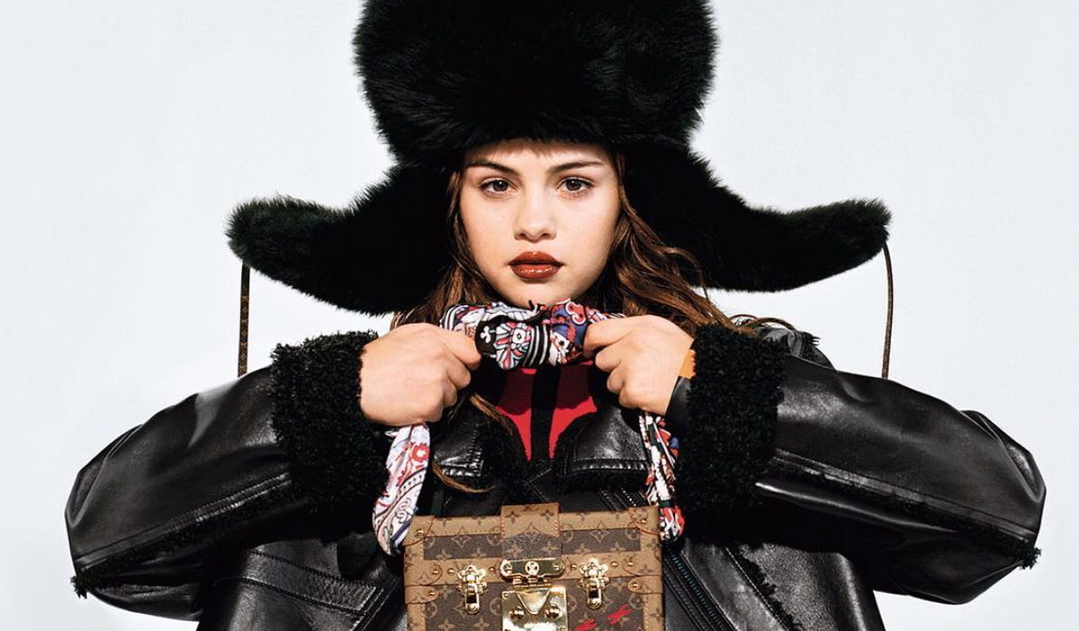 LAS FOTOS DE SELENA PARA LOUIS VUITTON