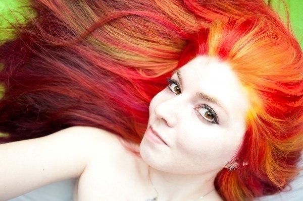 5 consejos para teñirte el pelo en casa sin que sea un desastre