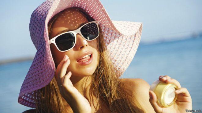 4 cosas que no puedes olvidar al aplicarte protección solar