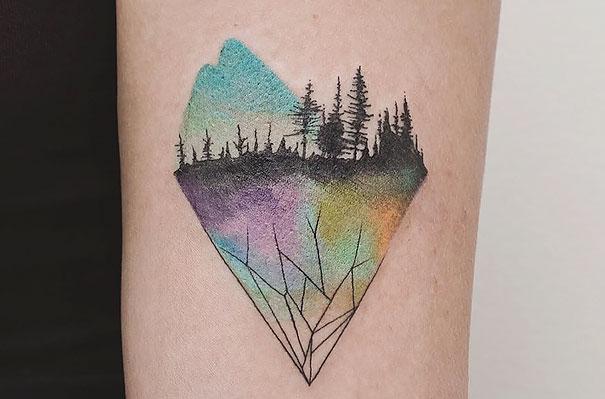 Estos tatuajes mezclan geometría y naturaleza de forma asombrosa