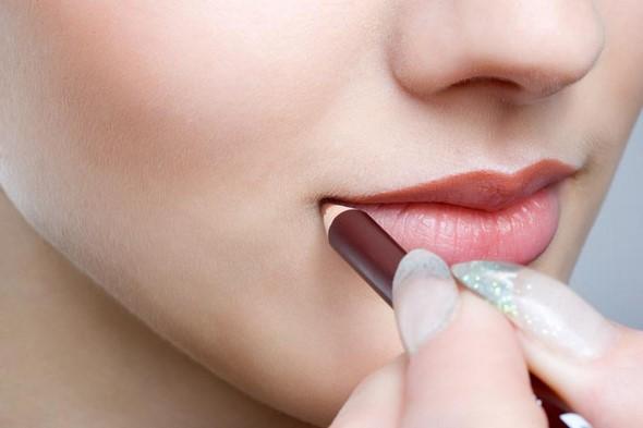 ¿Sabes cómo usar el perfilador de labios?