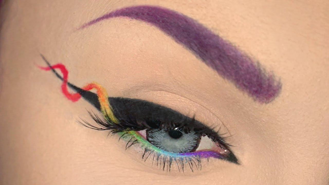 Helix eyeliner: la nueva tendencia solo para expertar en eyeliner