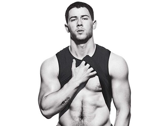 Nick Jonas, sexy en Men's Fitness