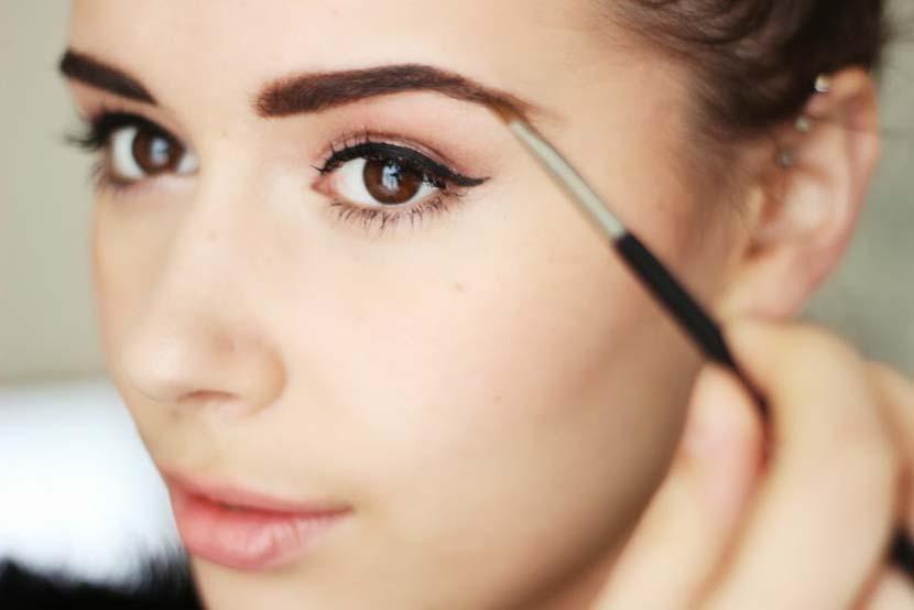 4 cosas que tienes que saber sobre el maquillaje de cejas