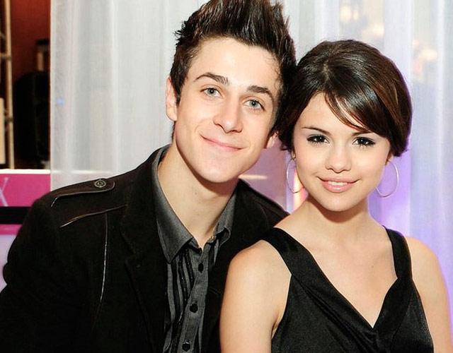 Reunión de Selena Gómez y David Henrie de 'Los Magos De Waverly Place'